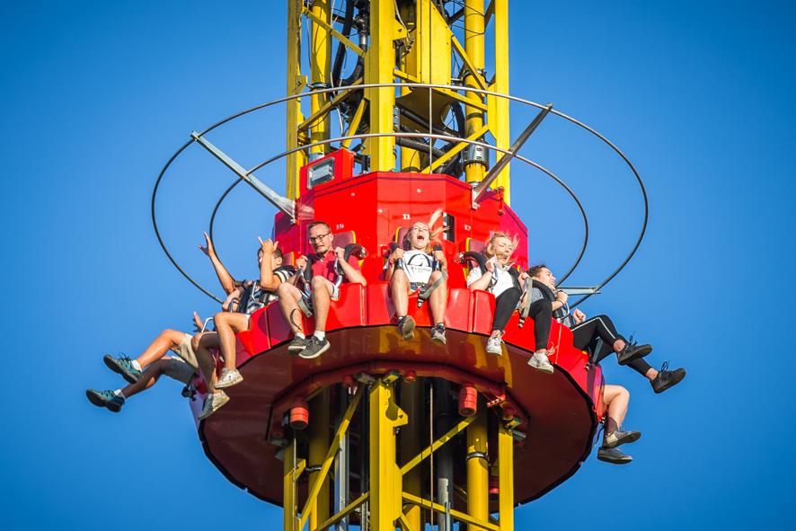 Flash Tower - Ange Michel - parc d'attraction - manège à sensation _